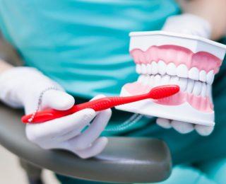Maintenir une bouche saine